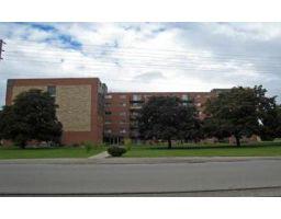 27 Lynnwood Dr., Brantford, Ontario